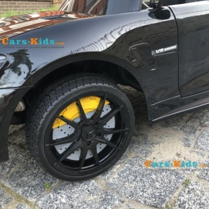 Электромобиль Mercedes-Benz GTR AMG черный глянец (колеса резина, кресло кожа, пульт, музыка)